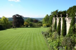 Bath, The American Museum - Gardens, Jasmine Cottage self catering holiday accommodation, near Bath, Wiltshire