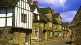 Lacock Village, Jasmine Cottage self catering holiday accommodation, near Bath, Wiltshire
