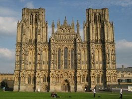 Wells Cathedral, Jasmine Cottage self catering holiday accommodation, near Bath, Wiltshire