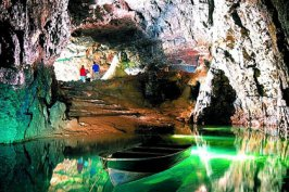 Wookey Hole Caves, Wells, Somerset, Jasmine Cottage self catering holiday accommodation, near Bath, Wiltshire